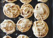 Tự làm bánh quy cuộn caramel vừa ăn sáng vừa ăn vặt cực tiện dụng