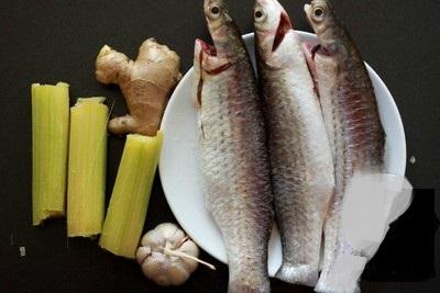 Bật mí cách làm cá kho mía gừng vừa ngon ngọt lại đậm vị cho gia đình