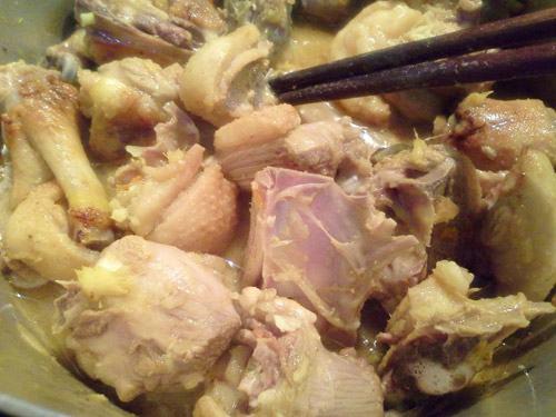 Bữa cơm ngày lạnh cực ngon với món vịt giả cầy làm tại nhà