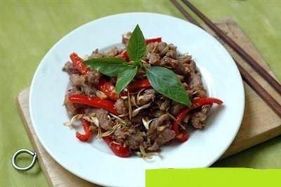 Công thức làm thịt dê xào xả ớt siêu ngon chống ngấy bạn không thể bỏ qua