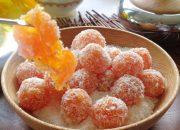Mách mẹ cách làm kẹo cà rốt vị cam lăn dừa cho bé