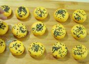 Cách làm Bánh Bí Đỏ đơn giản mà ngon không ngờ