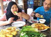Vlogs138|| ăn bánh xèo cách làm bánh xèo vừa giòn vừa ngon how to make Vietnamese crepes